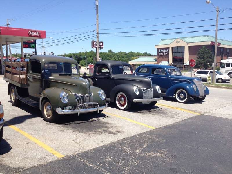 Met up in Joplin.  My '40 Stake truck, David Hay's '40 Pickup and Clay Vance's '37 Sedan.