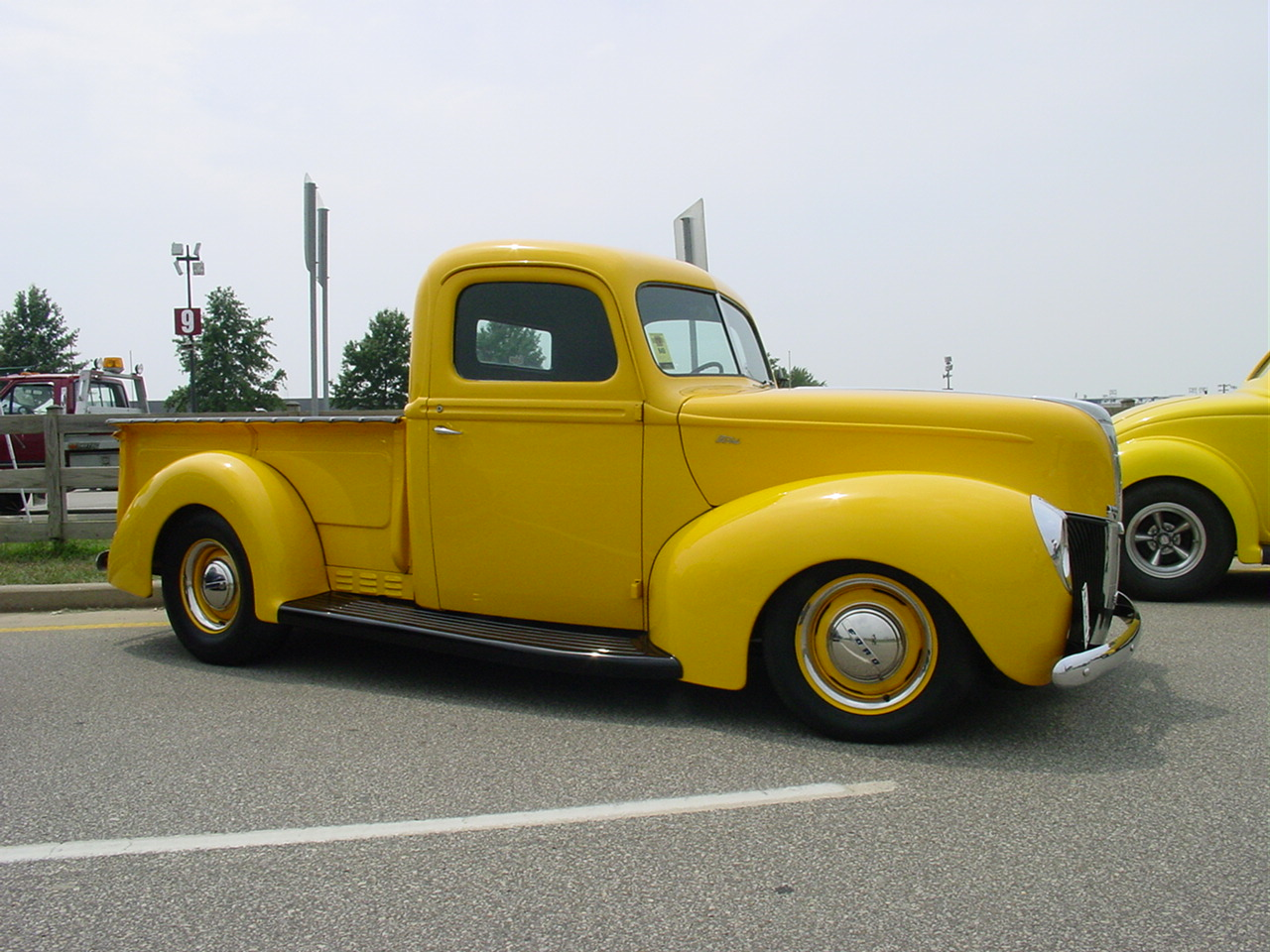 Gary Opitz' '40 Ford Pickup